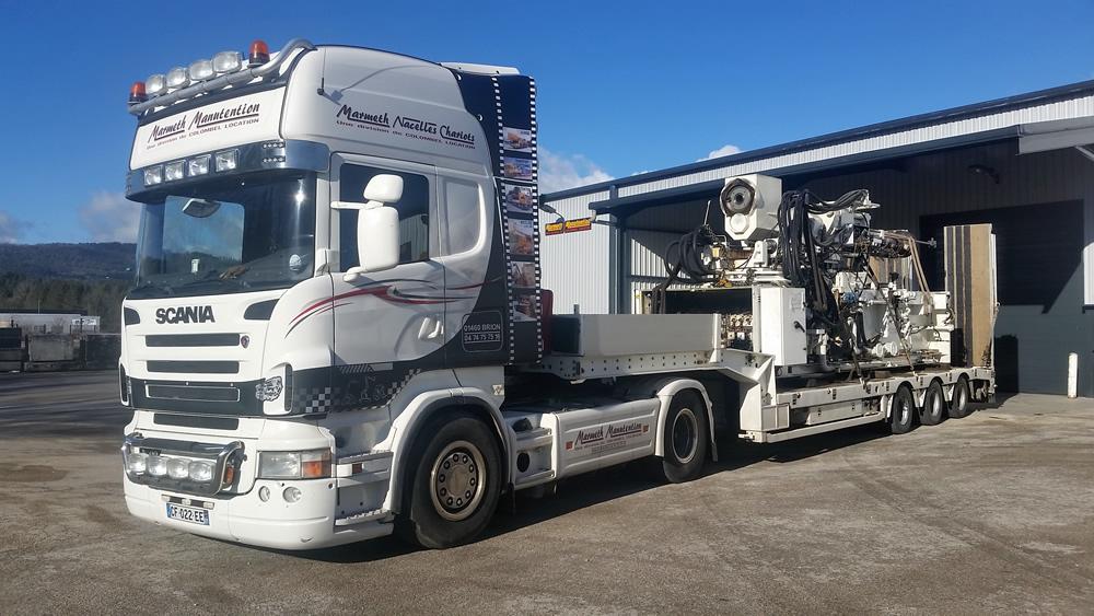 Transfert de presses par semi remorque 3 essieux for Piscine mobile sur camion